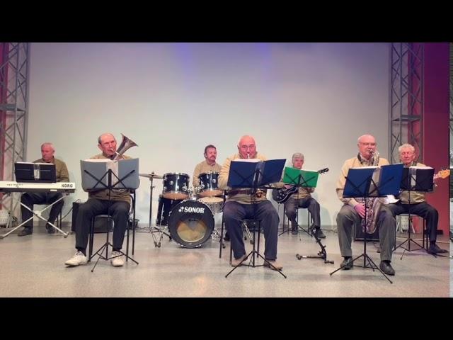 Джаз-бэнд «Ретро» - Мелодии военных лет